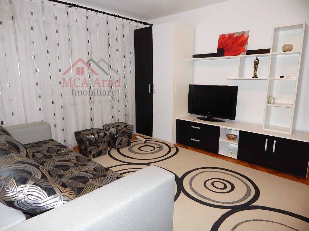 Apartament 3 camere zona ultracentrala – ID MCA664