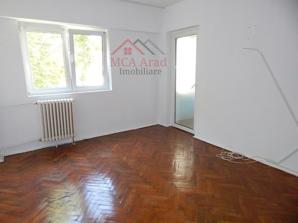 Apartament o camera zona UTA – ID MCA810